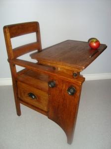 desk yes